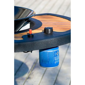 Gril na dřevěné uhlí Campingaz Bonesco QST L - detail plynové kartuše