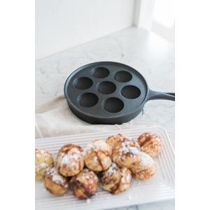 Litinová pánev Camp Chef na lívanečky - objevte nové sladké delikatesy