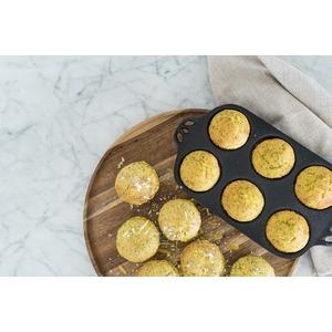 Litinová forma Camp Chef na muffiny malá - připravte dokonale zlatavé muffiny