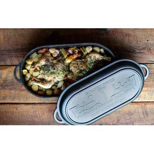 Oválný litinový hrnec Camp Chef Dutch Oven 45 cm s víkem - praktická zapékací mísa