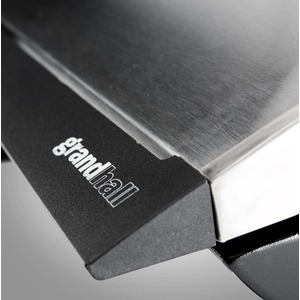 Elektrický gril GRANDHALL E-GRILL - elegantní gril na balkón i na cesty - detail madla