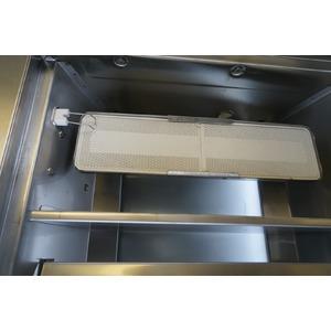 Vestavný plynový gril GRANDHALL ELITE GT4B - komfortní vestavný gril s vnitřním a zadním keramickým hořákem v nerez provedení