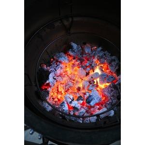 Keramický gril Kamado MASTERBUILT - ekonomická verze univerzální pece pro grilování, vaření, pečení a uzení