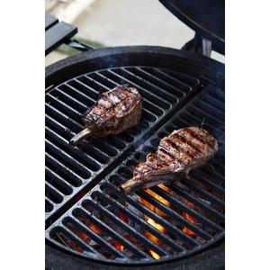 Litinový rošt Kamado Joe - půlměsíc pro dokonalé steaky