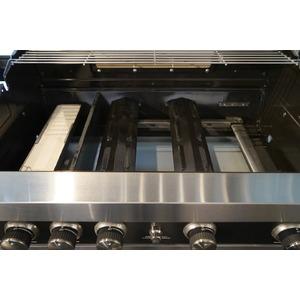 Plynový gril GrandHall MAXIM GT4 s bočním hořákem - prvotřídní a skvěle vybavený gril pro náročné grilování