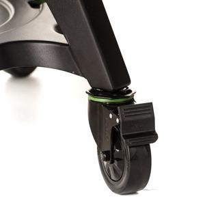 Keramický gril Kamado Joe CLASSIC JOE III - detail uzamykatelných koleček vozíku