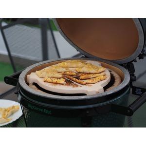 Keramický pizza stojan ConvEGGTor - pečení pečiva