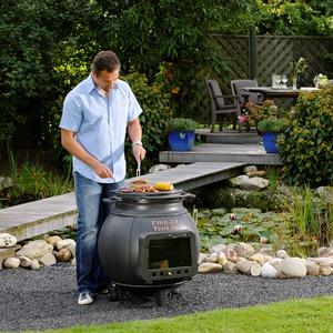 Litinový zahradní gril Leda TROLL 700 - základní tzělo s dvířky - gril a topení v jednom